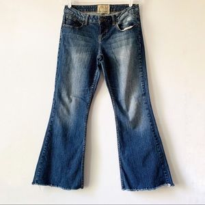 American Rag Super Flare Raw Hem Jeans size 9 R